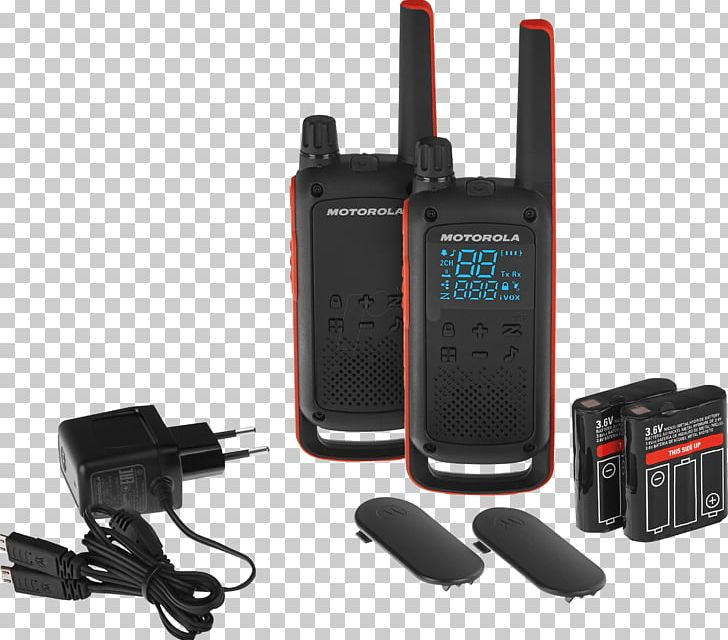 Motorola Talkabout T82 Extreme 188069 PMR446 Two-way Radio Walkie-talkie Motorola TLKR T80 Walkie Talkie PNG, Clipart, Comm, Communication, Electronic Device, Electronics, Electronics Accessory Free PNG Download