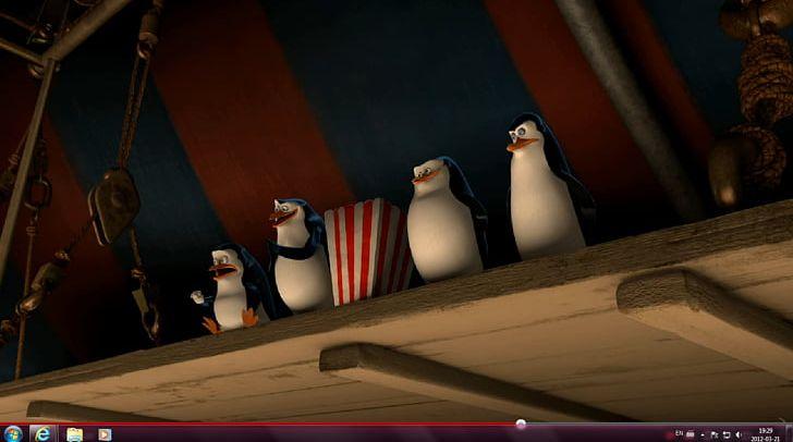 Melman Penguin Madagascar Film DreamWorks Animation PNG